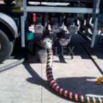 Mangueira para descarga de combustível